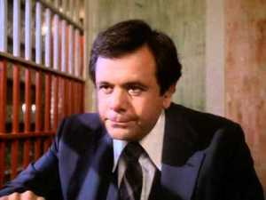Paul Sorvino portrays deaf attorney Lowell Myers in Dummy.